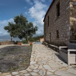 Renovated stone furnished house with a guest house and a swimming pool