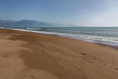 Παραθαλάσσια έκταση 16 στρεμμάτων στη Δυτική Παραλία της Καλαμάτας