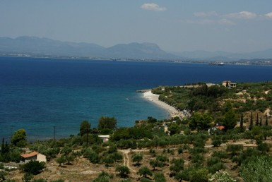 13000m² plot with panoramic view to the Messinian Bay