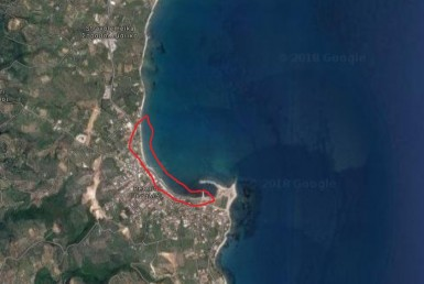 610m² beachfront plot of land in Petalidi